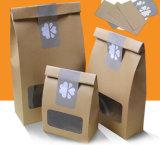 공장 고품질 주문 인쇄는 Windows를 가진 선물 또는 쇼핑 또는 음식 Kraft 종이 손잡이 부대를 위로 서 있다