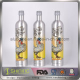 Бутылка алюминиевого цвета металла изменяя выпивая
