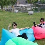Silla para niños Inicio del patio trasero inflable Resto sofá o el amortiguador de asiento inflable del saco de dormir