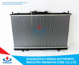 Zhonghua Car Water Tank Auto Spare Parts Aluminum Radiator an der Übertragung