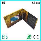 Vendita calda cartoline d'auguri dell'affissione a cristalli liquidi da 4.3 pollici 128MB A5 video per la pubblicità dei giocatori