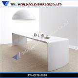 Zの机のCorian Wodの効果のWorktopsの白い管理の会議室表の石の執行部の机セット