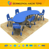 A tabela e a cadeira populares das crianças ajustaram-se para a venda (A-09003)