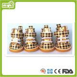 Haustier-Zubehör, goldene Farben-Druck-Form-Hundeschuhe (HN-PC754)