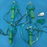 医学の消耗品の別のサイズで使い捨て可能な簡単なマルチ出口の酸素マスクの緑または透過