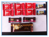 De het volledige Automatische het Voeden Suikergoed van de Chocolade en Machine van de Verpakking van het Hoofdkussen van het Voedsel