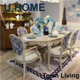 Uのホーム古典的なダイニングテーブルの円卓会議