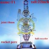 球は螺線形の再資源業者に高い煙るガラス配水管を鳴る