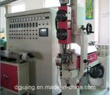 Herstellungs-Geräten-Zwilling überlagert chemische schäumende HDMI Kabel-Strangpresßling-Zeile