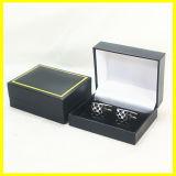 Caixa preta e cinzenta amarela verde do botão de punho