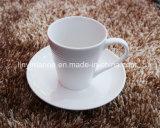 Promotionnel verser le jeu en céramique réglé de cuvette et de soucoupe de café de cuvette et de soucoupe de blanc