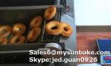 기계를 만드는 빵집 자동적인 도넛