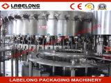 Compléter la machine d'embouteillage de boisson carbonatée