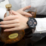 方法人の大きいダイヤルのための多機能の複数の目の腕時計