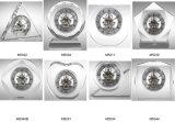 Horloge cristalline transparente avec engrenages
