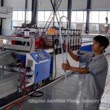 China Belüftung-Schaumgummi-Blatt-Strangpresßling-Zeile mit ISO9001 genehmigte