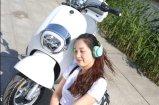 2つの車輪のLEDライトが付いている電気速度のオートバイのスクーター