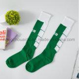 Klare fantastische Funktionseigenschaft-Form-Entwurfs-Fußball-Mann-Socken