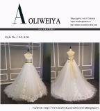 Eine Zeile Hochzeits-Kleid mit Appliques und Satin-Riemen
