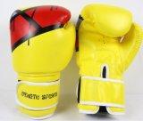 Оптом и в розницу горячие перчатки бокса PU высокого качества сбывания