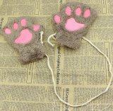 Перчатки зимы способа теплым заполненные плюшем