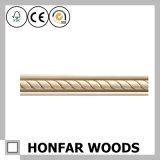 Modanatura di legno della parte superiore degli accessori della costruzione