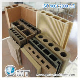 Producción plástica del perfil del suelo de la puerta de WPC que saca haciendo la máquina