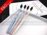 Toothbrush di colore di Macarons con la piccola testa