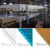 Machine multi d'extrudeuse de panneau de feuille de mur de cavité de PC de polycarbonate