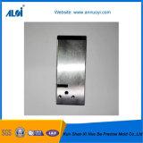 Meulage en acier personnalisé de précision et pièces d'EDM pour le moulage de garniture intérieure