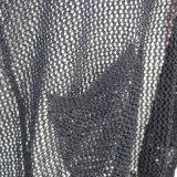 Pull à encolure en crochet féminin avec deux poches et V à bas cou, manches longues