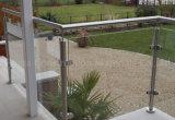 강화 유리 방책 위원회를 가진 Decking에 옥외 유리제 난간