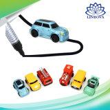 L'illustrazione magica della penna allinea i veicoli di plastica del giocattolo dell'automobile del vagonetto del serbatoio induttivo del camion