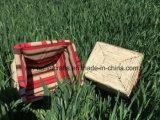 Quadratisches Stroh-handgemachter Speicher-Korb mit Gewebe
