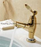 Luxuoso escolhir o Faucet extraível de bronze do misturador da bacia do banheiro Zf-03 do punho