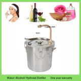 Дистиллятор медицинских или лаборатории воды