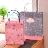 La qualité a estampé le sac à provisions de papier avec le traitement Twisted