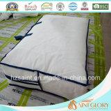 La piuma bianca dell'oca giù del Comforter classico e giù ricopre