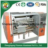 El rebobinar del papel de aluminio y máquina que raja