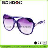 2016 Form-bunte Sonnenbrillen für Frauen