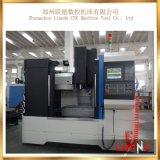 Vmc850中国の高精度な3つの軸線CNCの縦のマシニングセンター