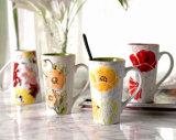 De kleurrijke Kop van de Gift van de Mok van de Koffie van de Mok van het Ontwerp Ceramische