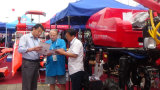 Pulverizador automotor do crescimento do fertilizante do TGV do tipo 4WD de Aidi para o campo e a exploração agrícola secos