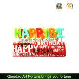 Feliz cumpleaños y vela de la torta del partido
