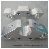 Алюминиевые части произвели центром Точности CNC