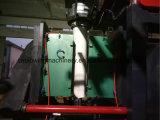 圧力詰物および重力詰物が付いている自動高速ブロー形成機械