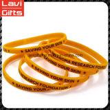 Bela pulseira de borracha de silicone fino e bonito com logotipo