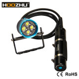 최대 4000lumens를 가진 Hoozhu Hu33 크리 사람 LED 잠수 빛은 100meters를 방수 처리한다