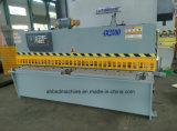 Máquina que pela del CNC del metal de hoja de QC12k