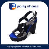 Frauen-beiläufige Schuh-Absatz-Form-Sandelholz